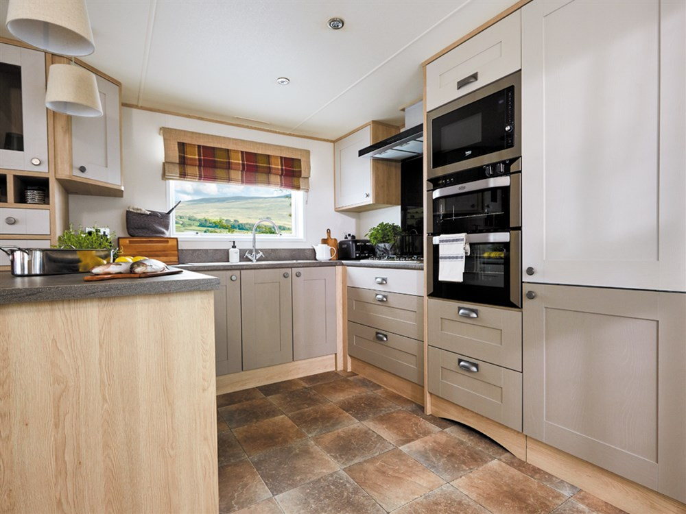 1-157-1-14083-1-2018-ABI-Westwood-Static-Caravan-Holiday-Home-kitchen